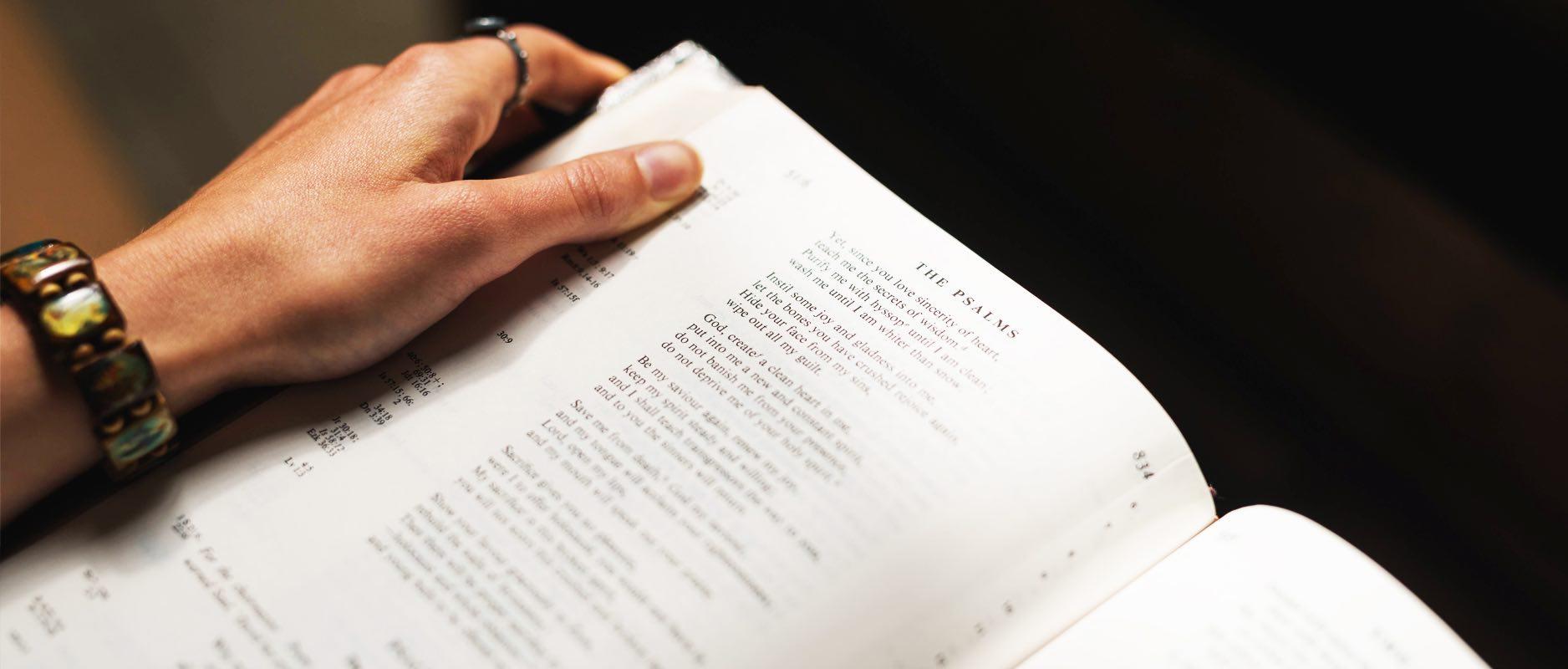 Bijbelleesrooster: de hele Bijbel door in 1,2 of 3 jaar